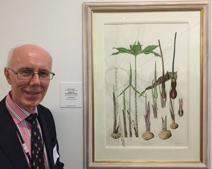 Andrew Brown with his Voodoo Lily in the 'British Artists in the Shirley Sherwood Collection' exhibition at Kew in 2016
